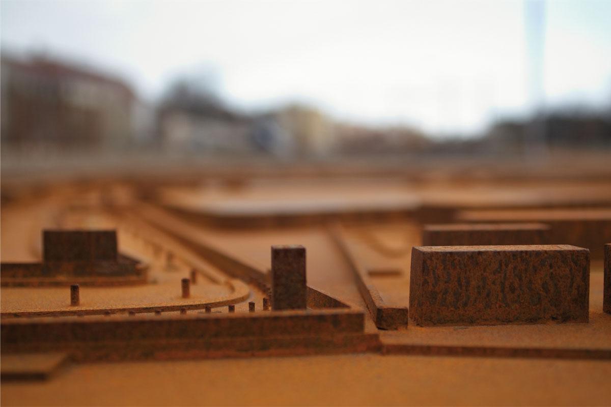 Detail Stadtmodell Corten-Stahl, Foto: Christian Fittkau