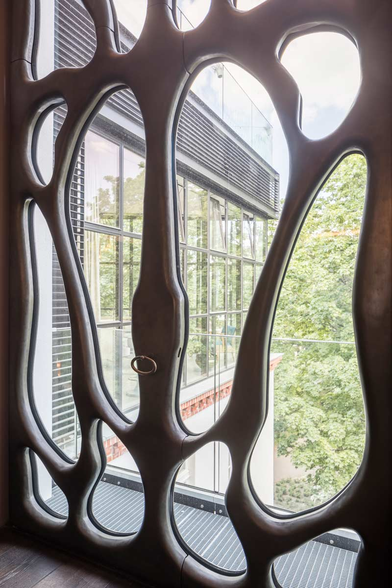 Detailansicht Schmuckfenster, Foto: 16elements